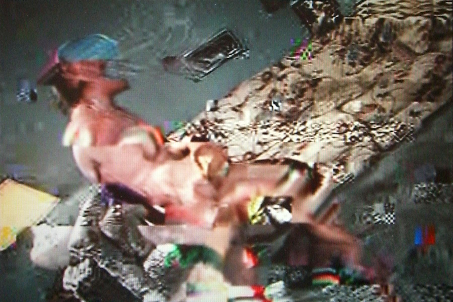 David-le-Viseur_Porno-vs-Bible_Video-Still_05_2006